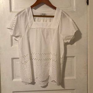 New without tags Madewell eyelet white top medium